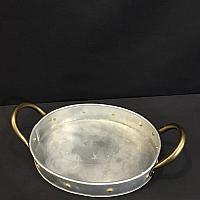 "Tray - Oval - Tin w/ Gold Rivets 11"" x 14"" (2' deep)"