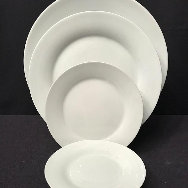 """Pearl White 9"""" Luncheon Plate"""