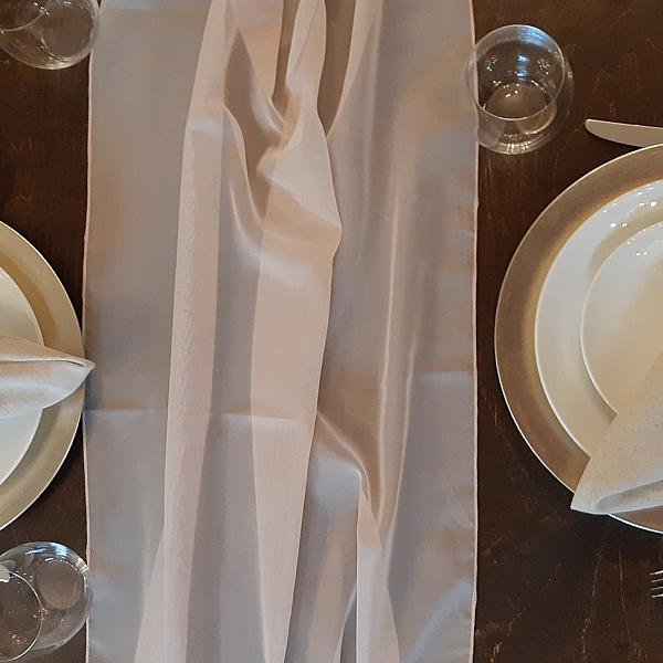 Table Runner, Sheer - Vanilla