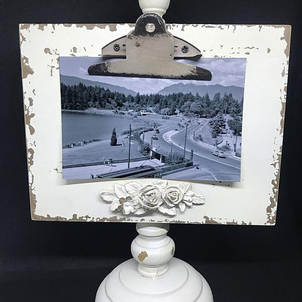 Frame - Antique Pedestal - Ivory with clip